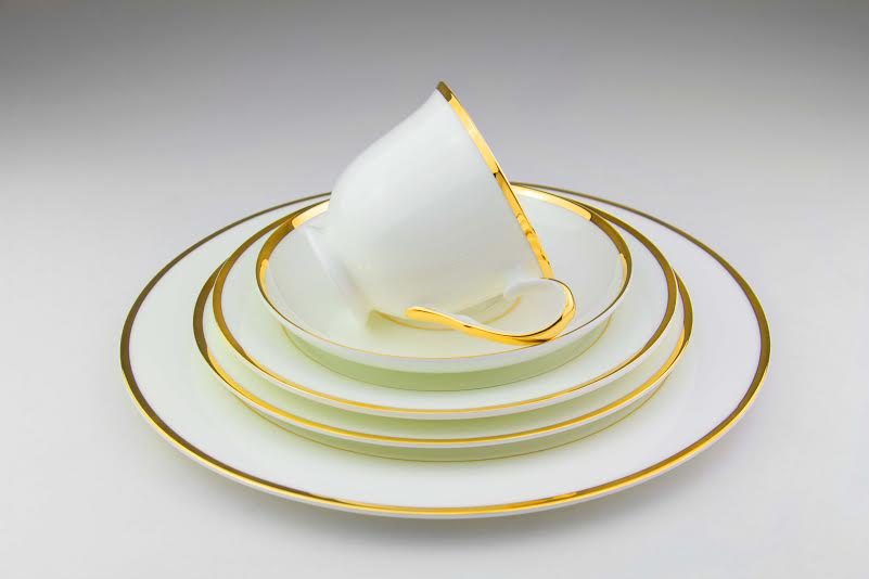 Bone China Dinnerware Set Gold Trim | Tabletop Rentals Los Angeles & Orange County